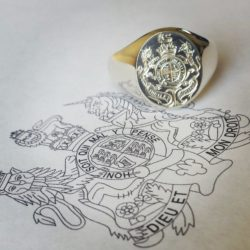 family crest engraving 10